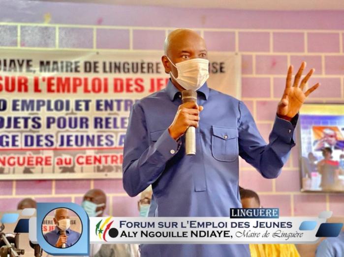 Crise de l'emploi : Aly Ngouille Ndiaye offre un forum d'auto-emploi et d'entrepreneuriat aux jeunes de Linguère.