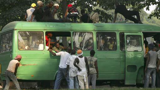 """Seize morts dans un accident """"d'esprit de mort"""" au Congo"""