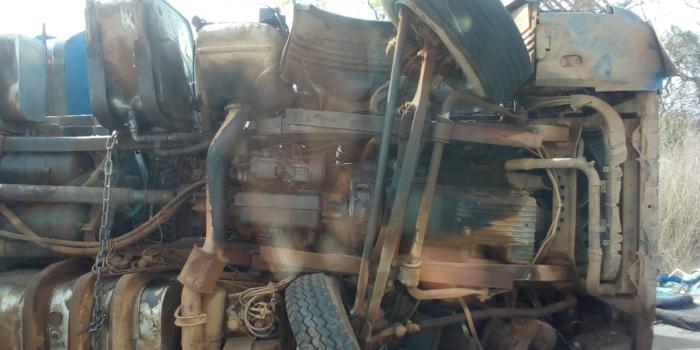 KOLDA : Un camion s'est renversé à Saré Sara.