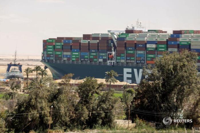 Canal de Suez : Reprise du trafic maritime après le déblocage du porte-conteneurs Ever Given