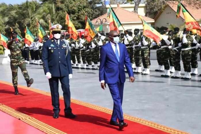 Adieux aux armées du Général Birame Diop / Sidiki Kaba au CEMGA : «Vous avez résolument inscrit les Armées dans un cycle vertueux de performances»