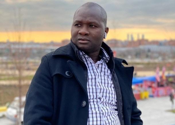 Décès de Pape Diouf / Le journaliste Bakary Cissé raconte ses derniers instants les larmes aux yeux.