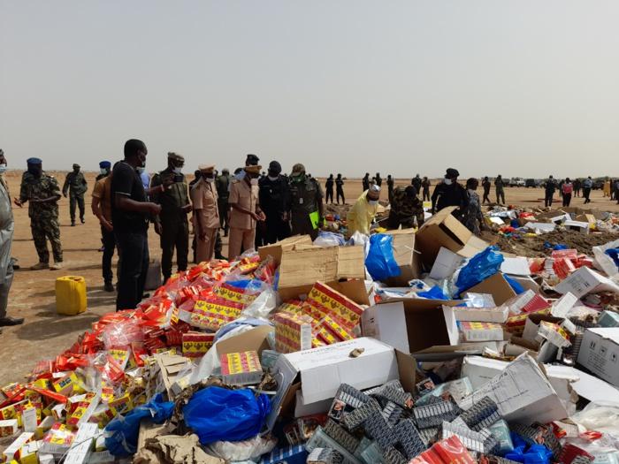 Kaolack : 06 tonnes de drogue et de faux médicaments d'une valeur de plus de 2 milliards de fcfa, incinérés...