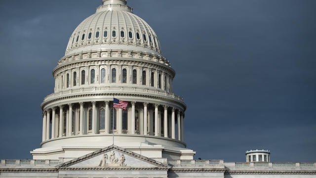 Washington : le Capitole bouclé par la police après un incident de sécurité.