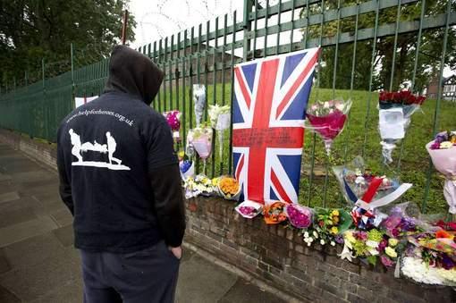 Soldat tué à Londres: trois nouvelles arrestations