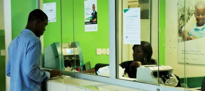 Numérisation du paiement : 9 travailleurs sur 10 au Sénégal sont payés en espèces et exclus de toute assurance maladie