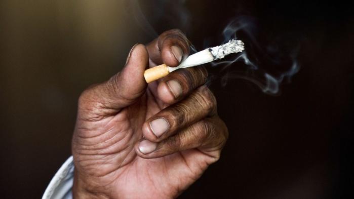 Ramadan : Immersion dans le milieu « fumeux » des accros du tabac…