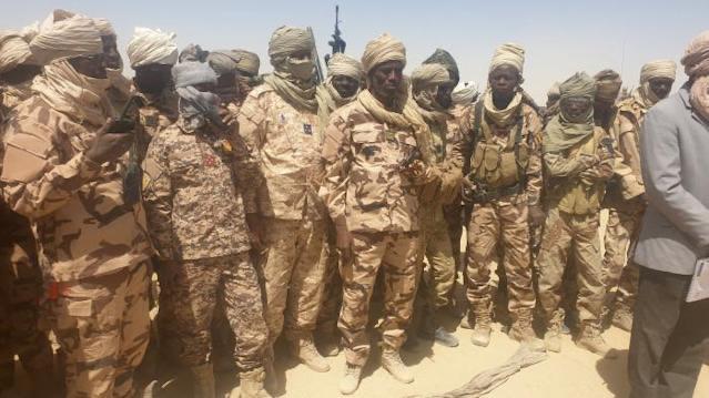 Crise Tchadienne : Les rebelles déterminés à marcher sur N'diamena, donnent 28h aux fils de Déby pour enterrer leur père.
