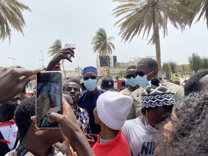 Place de la nation : Ousmane Sonko présent pour soutenir la plateforme DOYNA (Images)