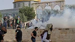 Jérusalem / De violents heurts entre juifs et palestiniens font plus de 300 blessés : L'ONU, l'UE et des pays arabes appellent au calme et à la retenue.