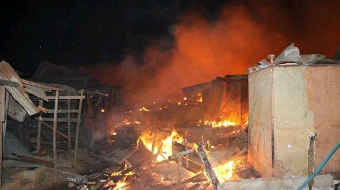 KÉRÉWANE : Darou Khoudouss totalement rasé par les flammes.