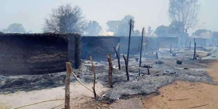 Incendie à Keur Maba : Plusieurs tonnes décortiquées partent en fumée... Des magasins et des machines consumés.