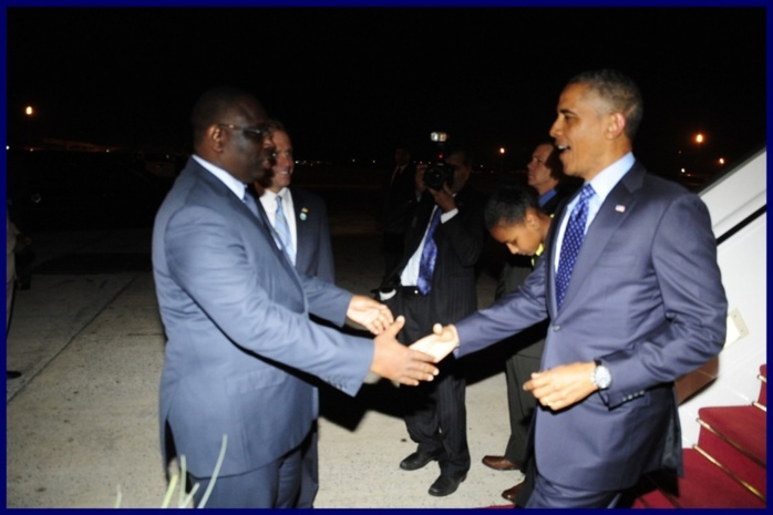 Barack Obama est arrivé à Dakar (PHOTOS)