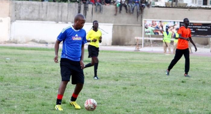 Match mbalaxmen contre rappeurs en images