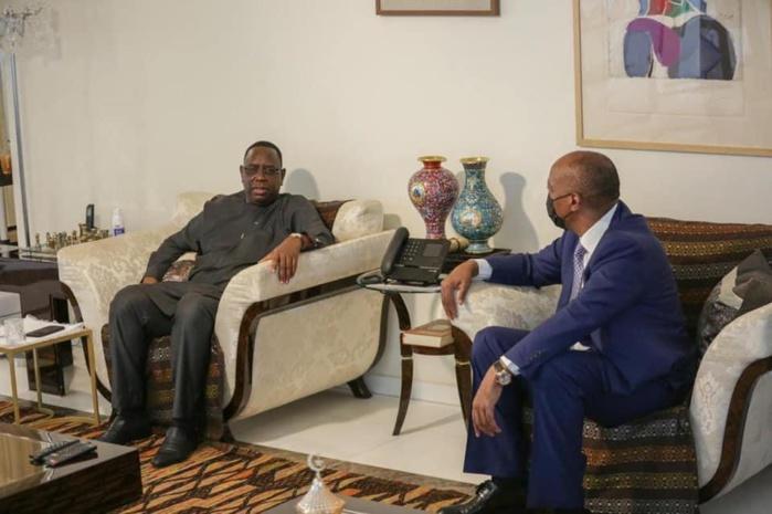 Visite : Le président de la CAF, Patrice Motsepe reçu par le chef d'État sénégalais, Macky Sall.
