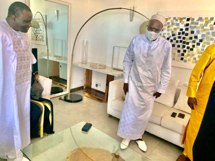 Rappel à dieu de la mère de Khalifa Sall : de retour de Accra, le Président Dethié Fall chez l'ancien maire de Dakar