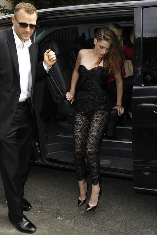 Kristen Stewart dévoile sa culotte