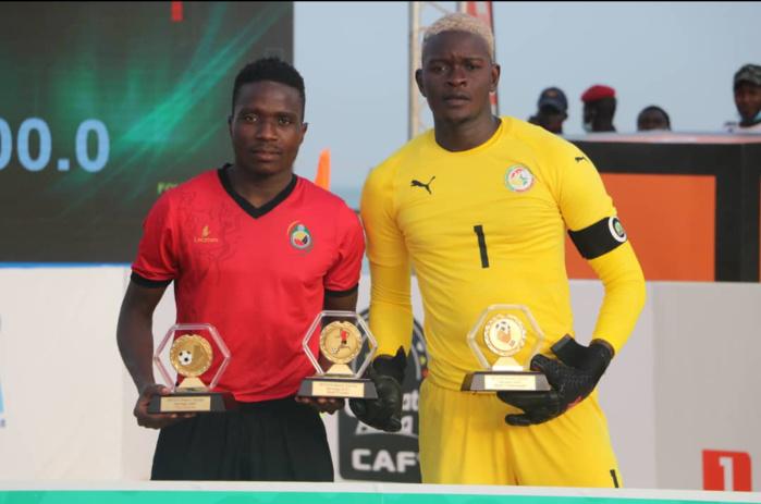 Distinctions : Le Mozambicain Nelson Manuel, meilleur joueur et buteur de la CAN de Beach Soccer, Alseyni Ndiaye meilleur gardien.