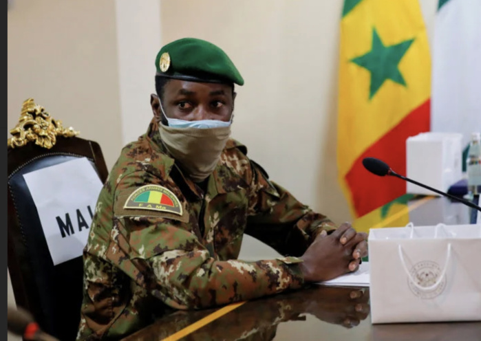 Transition au Mali : La CEDEAO suspend le pays des instances de son organisation.