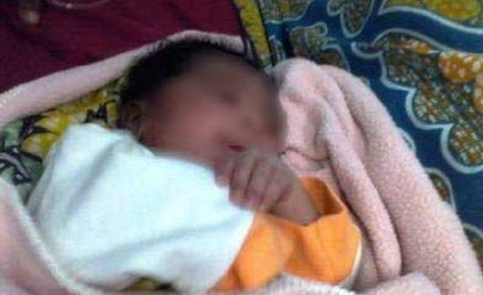 Infanticide : Ndjira Sarr coupe le cordon ombilical du bébé avec une lame et jette le corps dans une rigole.