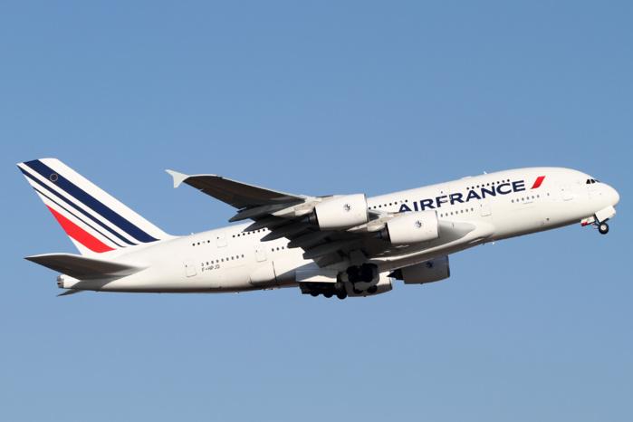 Roissy Charles-de-Gaulle : suspicion d'engin explosif à bord d'un avion en provenance du Tchad