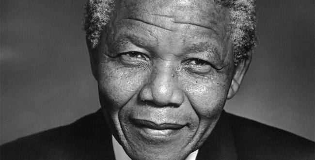 Nelson Mandela fête jeudi ses 95 ans à l'hôpital