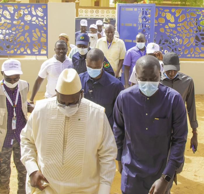 Visite surprise de Macky Sall à l'Espace Sénégal Services de Podor