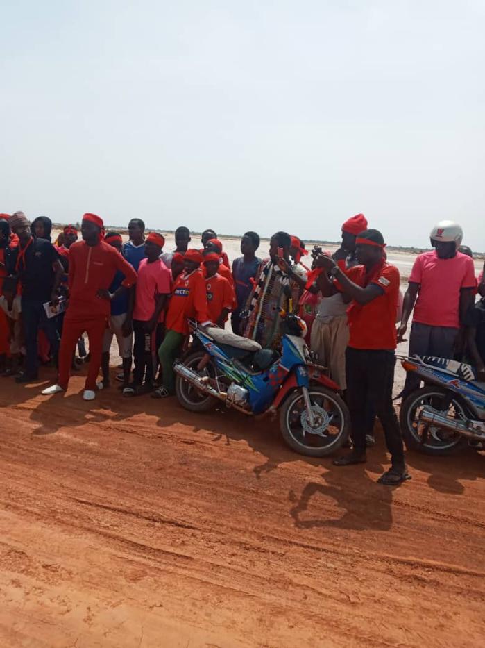 Ndiaffate : Les populations de Koutal et de Waladekh dans la rue pour réclamer leurs parcelles et la réhabilitation du pont qui relie Keur Waly Ndiaye aux villages environnants.