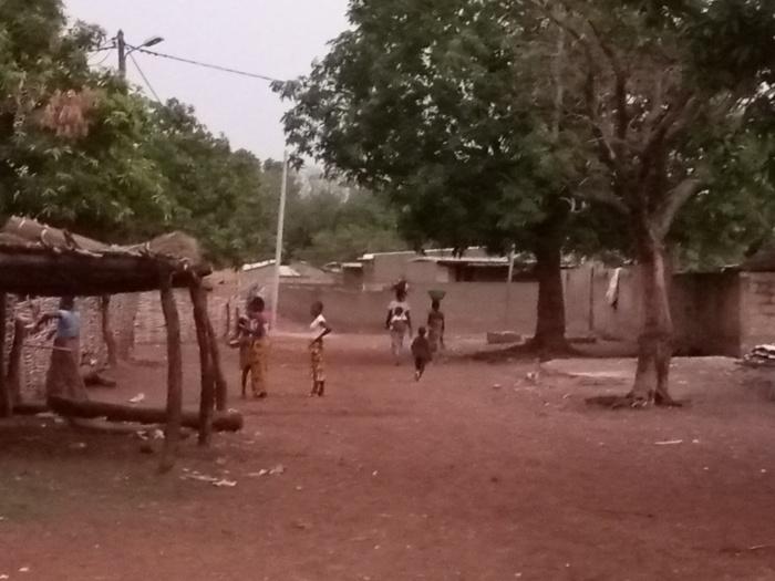 Kédougou / Missirah Sirimana : Un village, chef lieu de commune, coupé du reste monde.