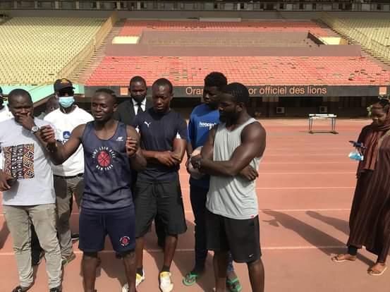 Visite : Sadio Mané chez les U20 de Rugby, en stage de préparation à LSS.
