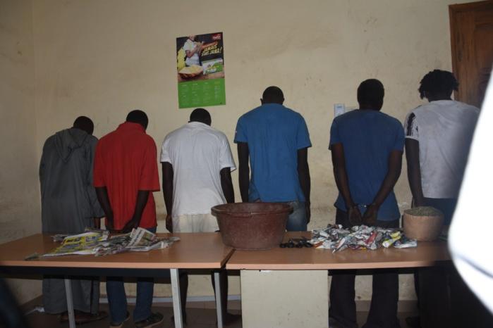 Opération Gendarmerie / Criminalité et délinquance à Keur Massar-Mbao Tivaouane-Peulh : 150 personnes interpellées, 14 personnes arrêtées, 12 kg de chanvre et des armes blanches saisis…