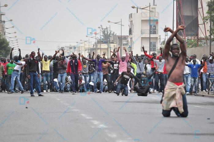 Manifs de juin 2011: Dakaractu vous replonge avec des photos inédites dans les coulisses du plus grand mouvement de contestation au Sénégal