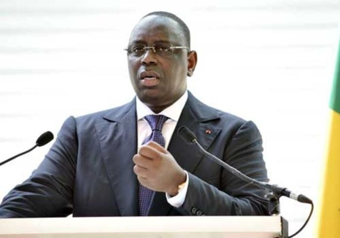 A peine revenu, Macky reporte le conseil des ministres  : Peur bleue chez certains pontes du régime!