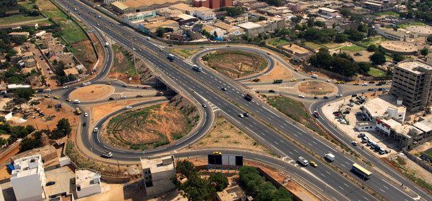Macky Sall inaugure l'autoroute à péage, un projet cher à son prédécesseur