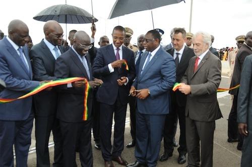 Discours de Monsieur le Président de la République Inauguration de l'autoroute à péage Dakar Diamniadio