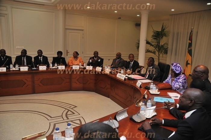 Le conseil des ministres se réunit aujourd'hui