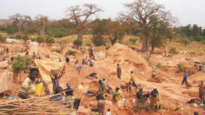 KÉDOUGOU : Une attaque à main armée dans un site d'orpaillage fait deux morts