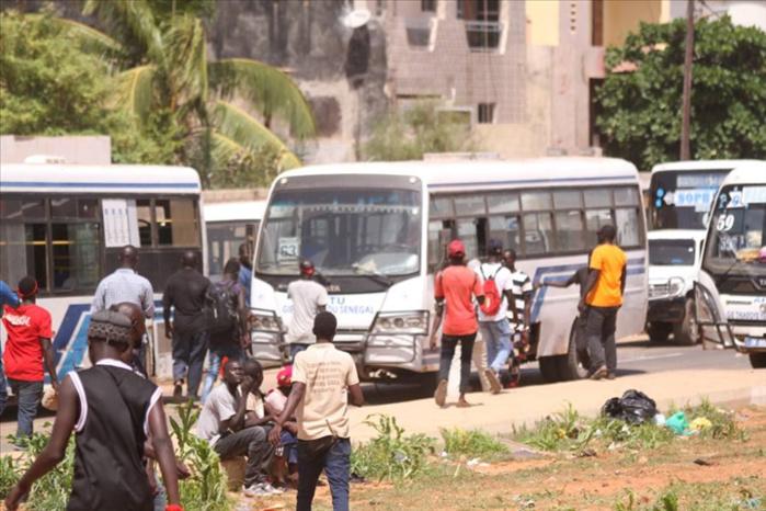 Grève des bus Tata : Les usagers rudement éprouvés…