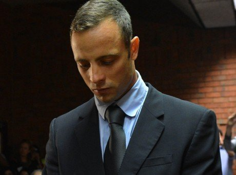 Oscar Pistorius connaîtra lundi les accusations retenues contre lui