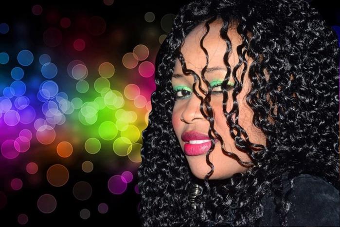(Video) Tounkara impressionné par la chanteuse GuiGui qui encourage le projet de pavage de Khalifa Sall