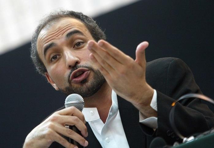 L'administrateur de Dakaractu se fait agresser et insulter par Tariq Ramadan.