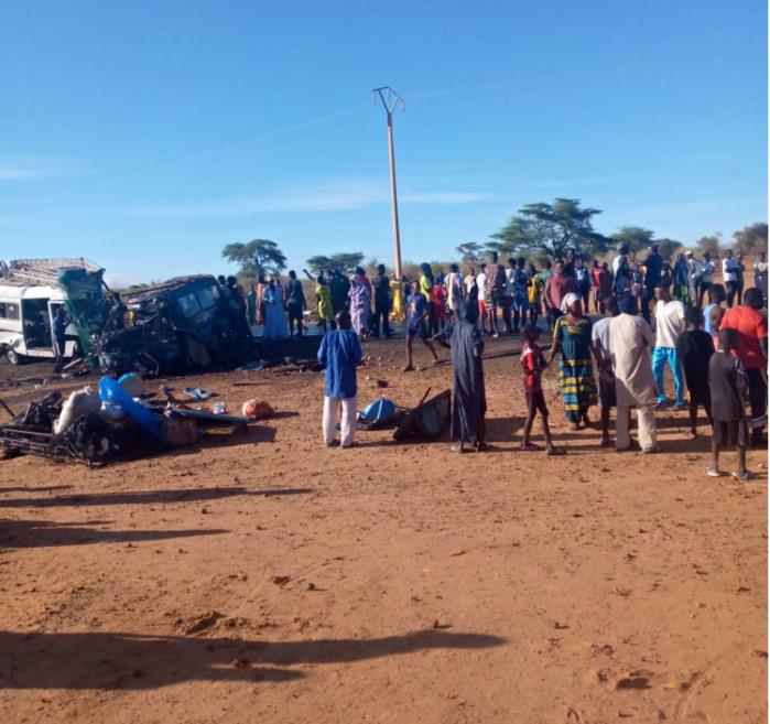 Accident mortel à Guédé Chantier (Podor) : Le bilan provisoire porté à 14 morts dont 10 femmes et une vingtaine de blessés.