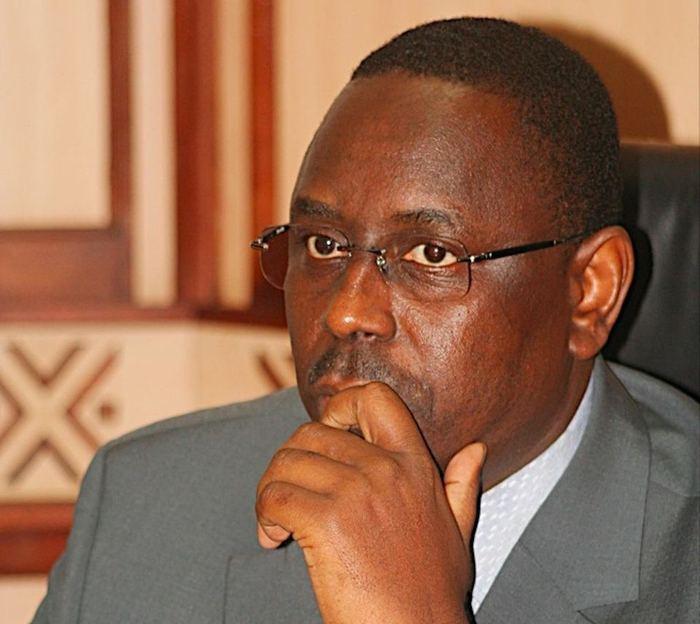 Macky Sall a mis fin aux fonctions de Monsieur le Premier ministre Abdoul M'BAYE ( Communiqué de la Présidence de la République  )