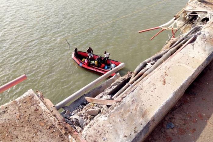 Fleuve Casamance : Encore un camion qui chute dans l'eau (un disparu).