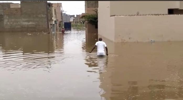 Société : Le triste récit d'une veuve qui a perdu son mari dans les eaux, lors des inondations de 2020