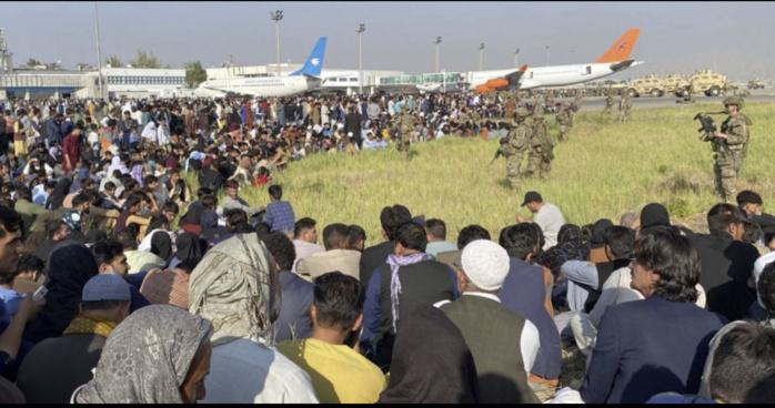 Accueil temporaire de réfugiés afghans : le Sénégal a-t-il été sollicité par les États-Unis ?