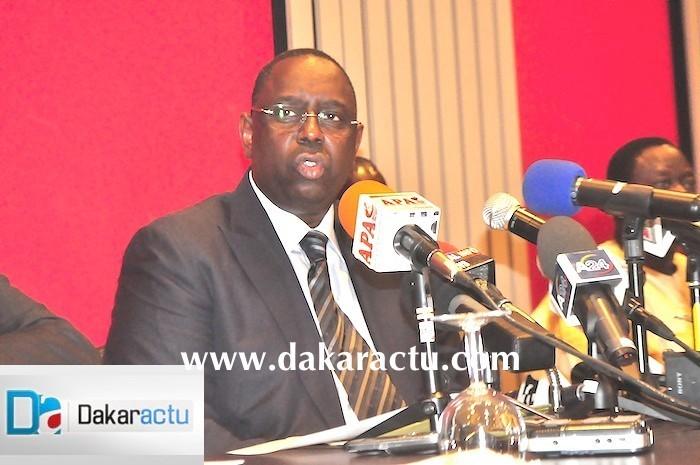 Macky Sall revalorise nos anciens chefs d'Etat, Abdou Diouf et Abdoulaye Wade sous forme de plan « ORSEC », parce qu'ils seraient « dévalués ou naufragés»