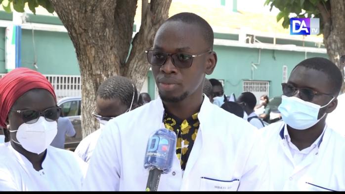 Dr Mbaye Sène du COMESS : « Nous avons décidé d'arrêter momentanément le mouvement de grève »