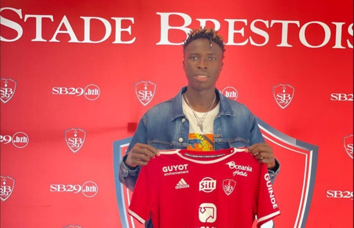 Youssouph Badji après son arrivée à Brest : « C'est un réel plaisir de venir à Brest. C'est un club ambitieux! »