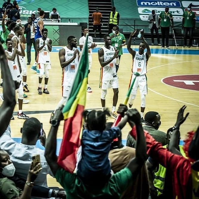 Afrobasket masculin 2021 : Les Lions sur le podium avec un énorme Gorgui Sy Dieng (Sénégal 86-73 Cap-Vert).